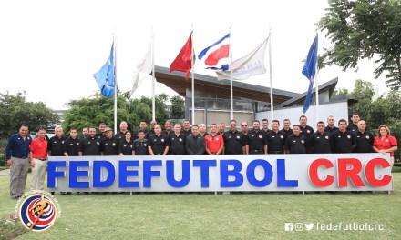 FEDEFUTBOL capacita a instructores de asociaciones arbitrales