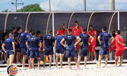 Playa regresa con equipo renovado