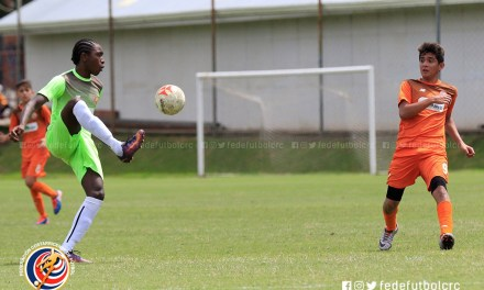 Rowan Smith: el fútbol lo lleva en la sangre