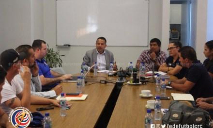 UNIFFUT y clubes se reunieron con cuerpo técnico de la Femenina