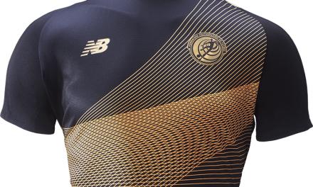 Negro y dorados, los colores de la nueva camisa de La Sele