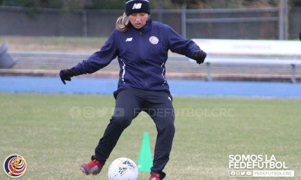 """Gloriana Villalobos: """"Ganar es lo importante así esté dentro o fuera de la cancha"""""""