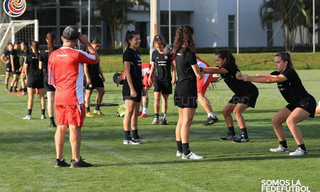 Sub-20 Femenina se entrenó con grupo completo