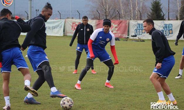 """Mauricio Solís: """"Nos gusta jugar ante equipos que exijan, como México"""""""