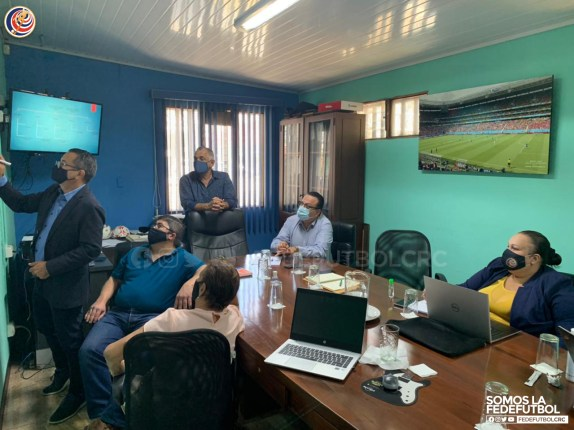 Reunion FEDEFUTBOL con LINAFA 2