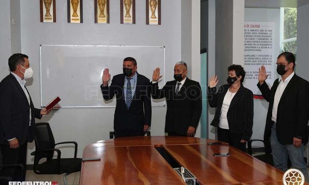 Juramentada la nueva Comisión de Arbitraje