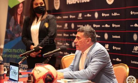 Suárez definió el equipo con el que arrancará la eliminatoria