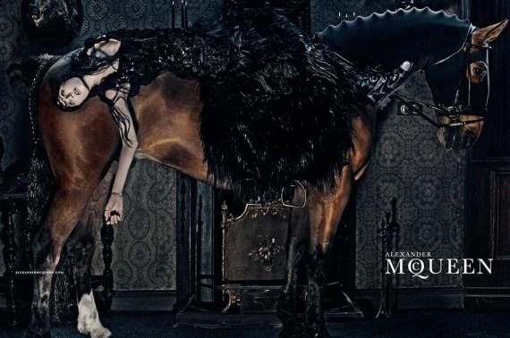FASHION PHOTOGRAPHY – Steven Klein per Alexander McQueen