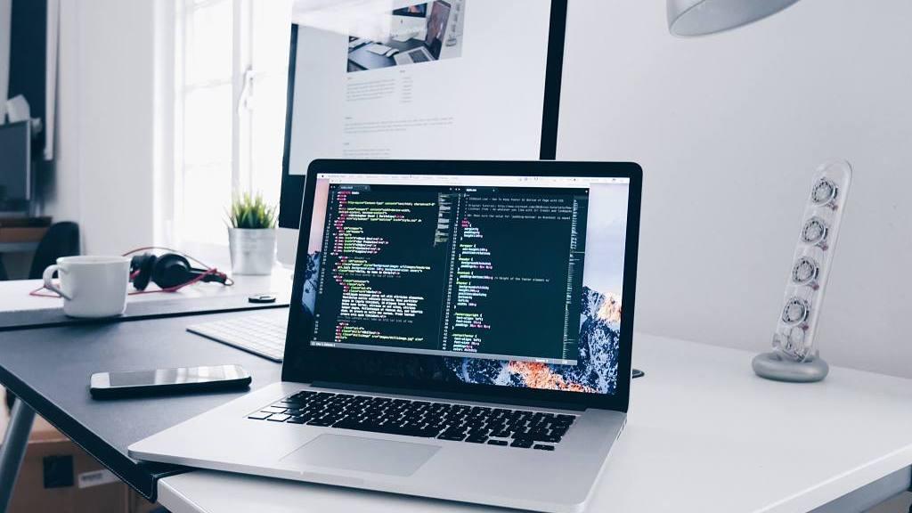 Programación de tienda online con desarrollos open source