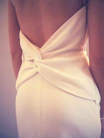 robe de mariée en crêpe par Fée au Château couturière costumière 78 92