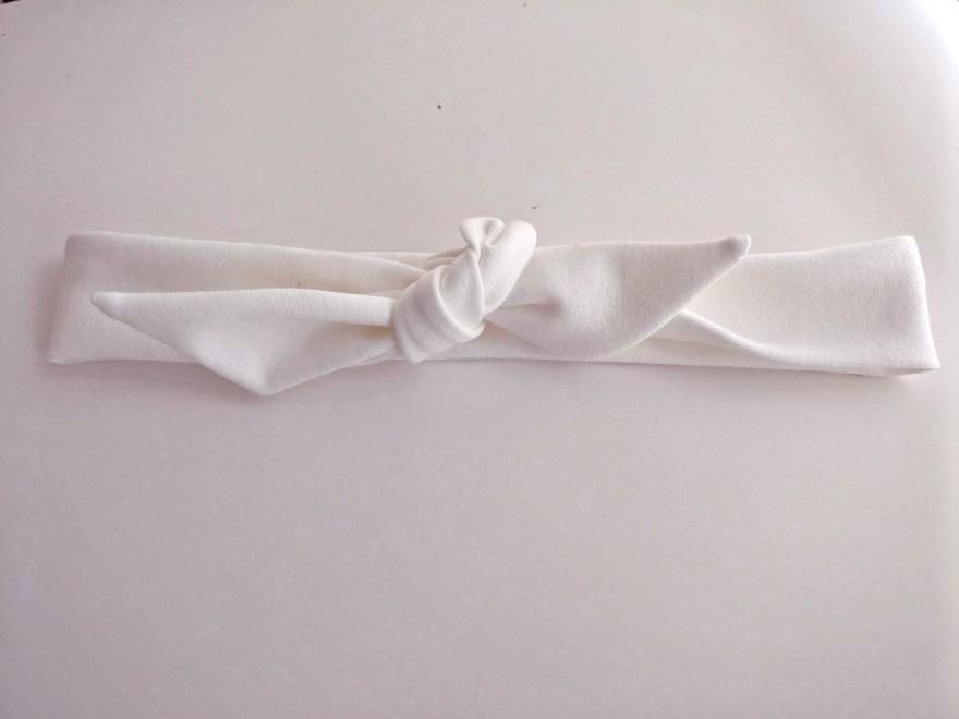 accessoire bandeau en maille milano par Fée au Château couturière mariage à Versailles