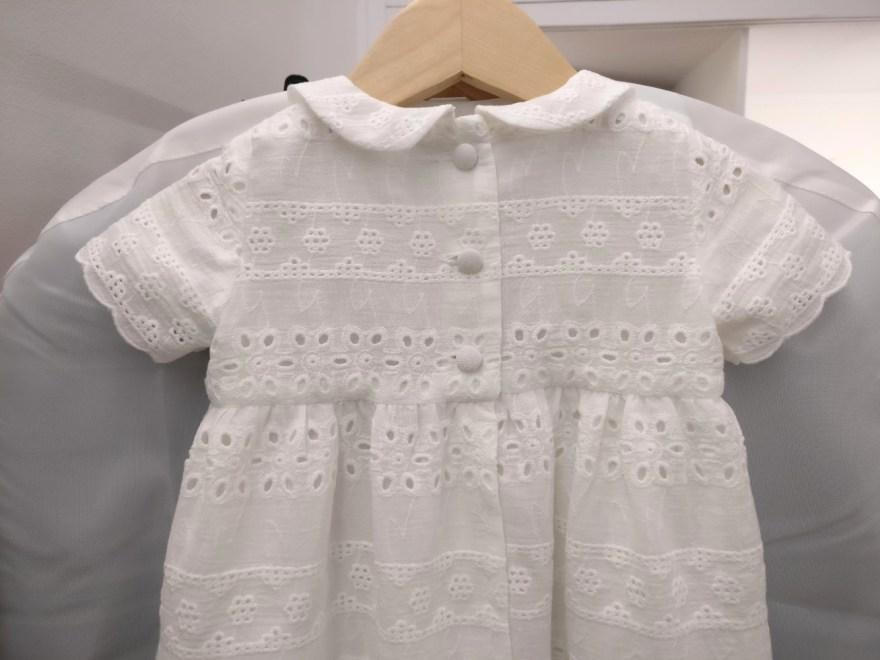 robe de baptême par couturière à Versailles