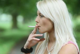 women smoker,Study claims,smoking,Sex