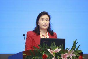 Zhou Qunfei, trade war, richest woman of china, World News