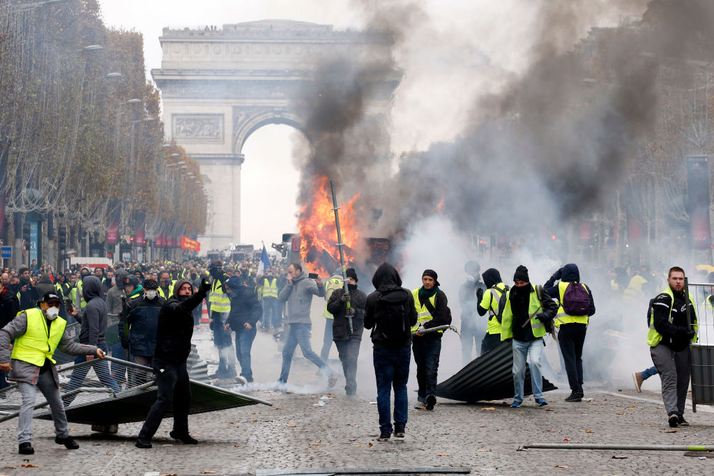 riots in paris, Paris, fuel hike in france, france, civil unrest, Rest of Europe News