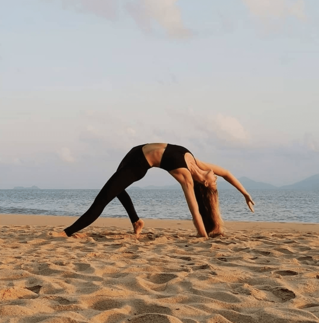 flat belly yoga, flat belly diet, yoga, weight loss, diet