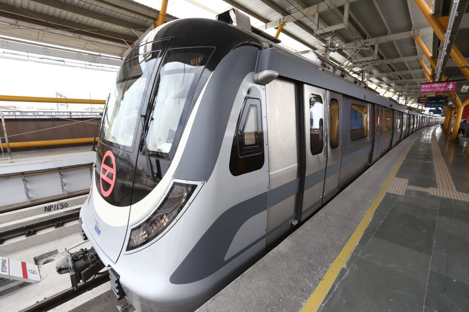 Delhi Metro, DMRC, Yellow Line, HUDA City Centre, Samaypur Badli, Delhi Metro Rail Corporation, Covid 19, Rajiv Chowk Metro Station, Delhi Metro reopens, Delhi news, Delhi Metro Updates, Delhi Metro Smartcard, Delhi Metro Social Distancing Norms, Unlock 4, Delhi Metro Rules, Coronavirus, Kolkata Metro, Kochi Metro, Chennai Metro, Namma Metro Bengaluru, Metro Services Resumption