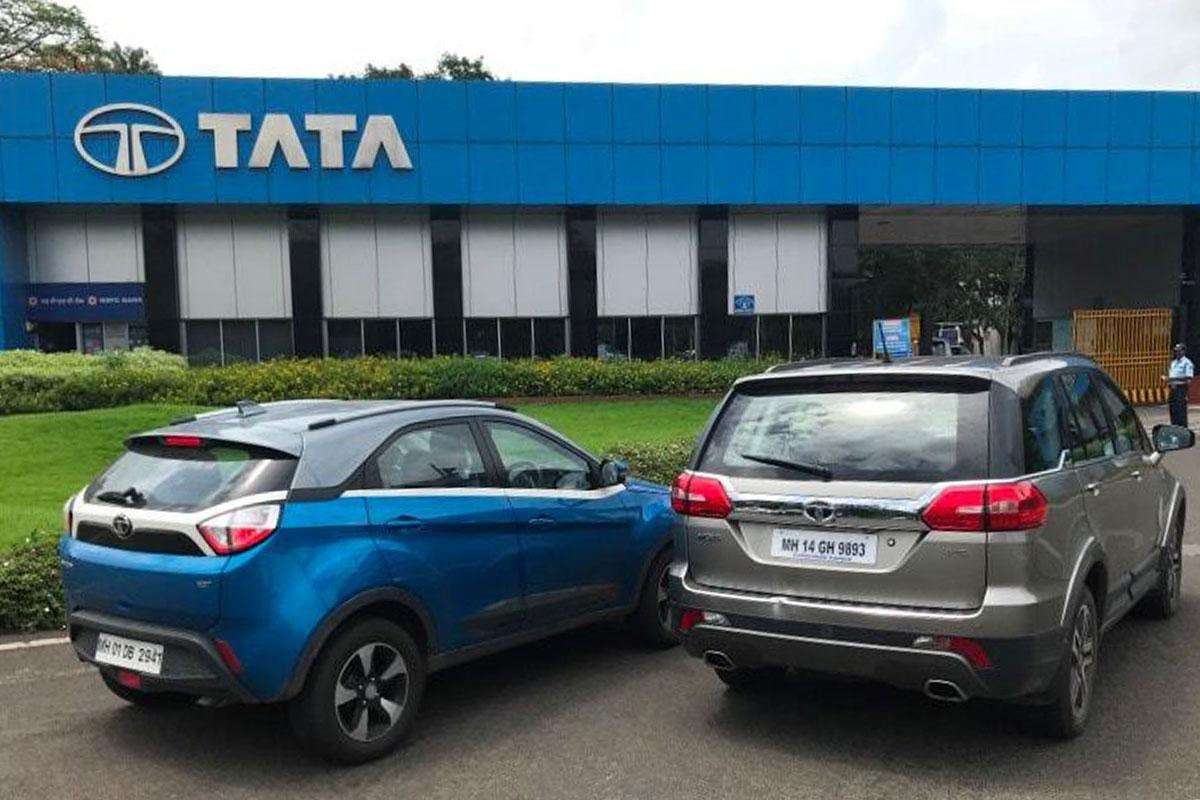 Tata Motors, Tata Motors consolidated net loss, Tata Motors consolidated net loss at Rs 307 crore in September quarter, Tata Motors September quarter results, Tata Motors earnings, Tata Motors revenue, Tata Motors news, auto sector news, business news