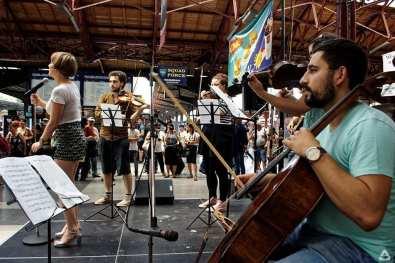 Simfonie electronică în Gara de Nord