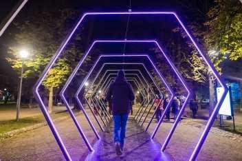 Lights on Romania 2018 The Tunnel Artwork by Silviu Ciora © Vizi ◘ komiti.media