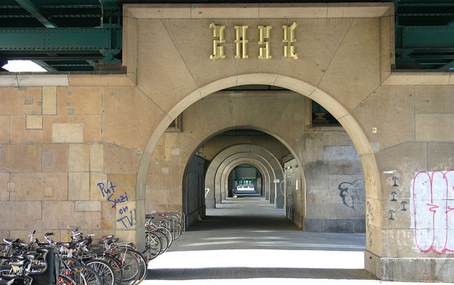 """Goldplace"", ZASD, Berlin 2005"
