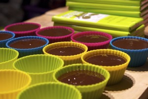 filling silicone cases with chocolate