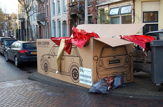 Mini Cooper Giant Cardboard ad campaign