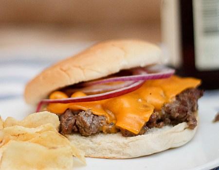 Hand-chopped Burger