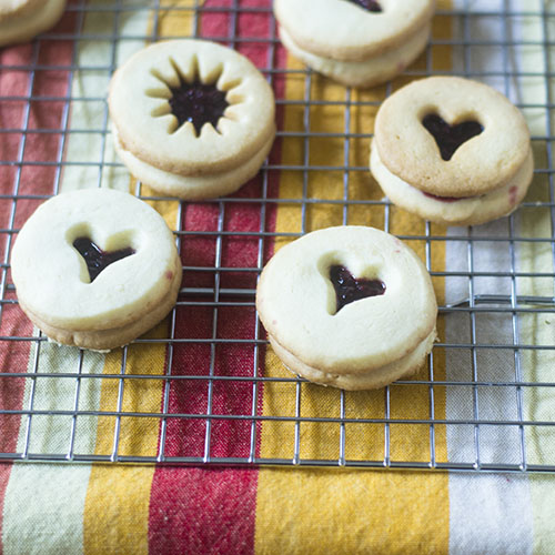 Linzer Cookies for the Holiday from Feed Your Soul Too