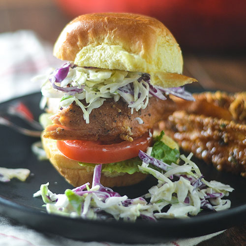 Chicken Cole Slaw Sliders #sliders #chicken #coleslaw   feedyoursoul2.com