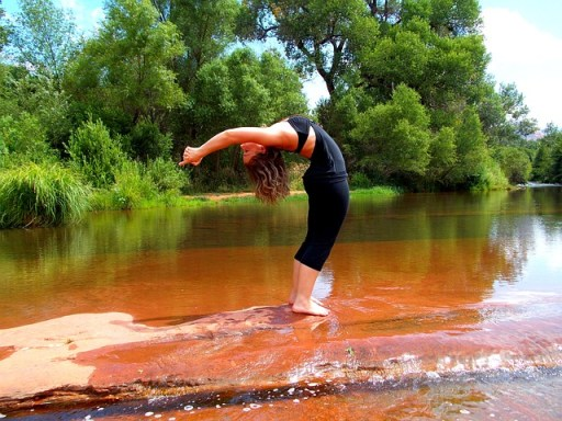 yoga-224643_640