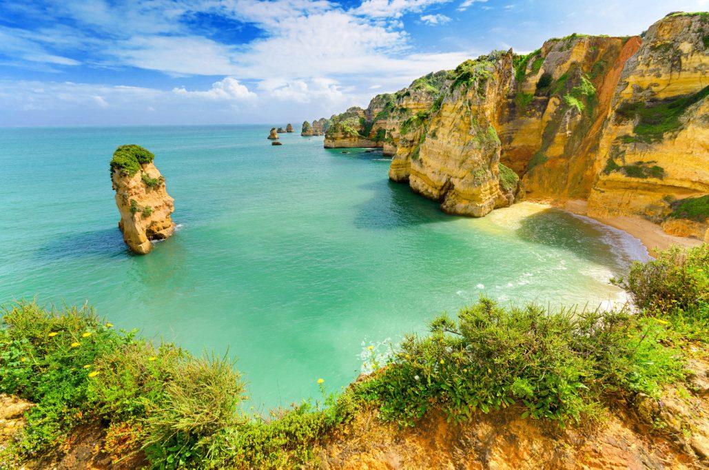 Procura praias amigas das crianças? Duas estão em Portugal