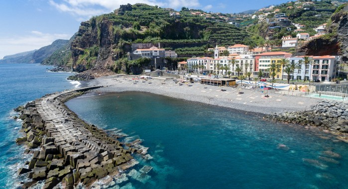 Praia Ponta do Sol- Ilha da Madeira