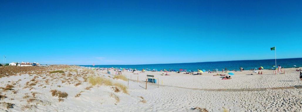 Praia do Barril, a pitoresca e tranquila praia de Tavira