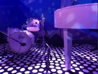 Rocking Piano - pianos drums