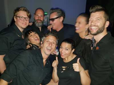 Barry Hay viert feest Mandemakers met klassieker Radar Love   feestband.com