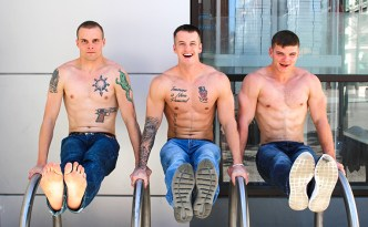 Active Duty threesome gay bareback anal fuck double penetration big cock male feet Quentin Gainz Ivan James Colton Phobos feat