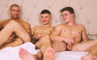 Gayhoopla-Kyle Dean-Sean Costin-Alex Griffen threesome gay porn feat