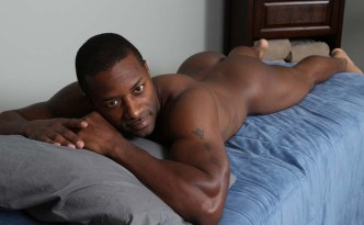 Chaosmen Alonso Serviced By Ransom Black Man Big Uncut Cock Mutual Oral Sex Black Male Feet Cum in Mouth feat