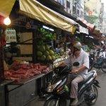 Drive-thru markets