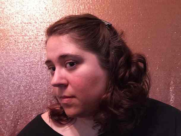 Vintage Curl Hair Style