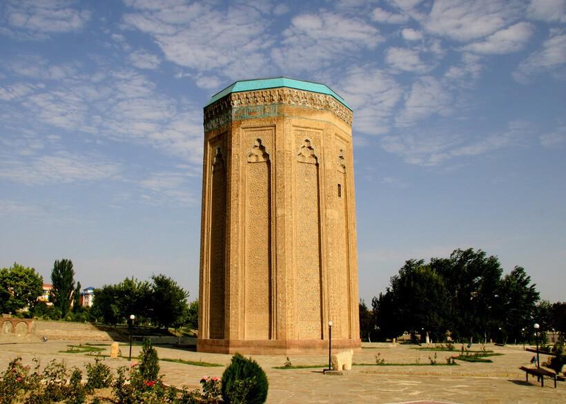 Чим цікавий тур до Азербайджану?