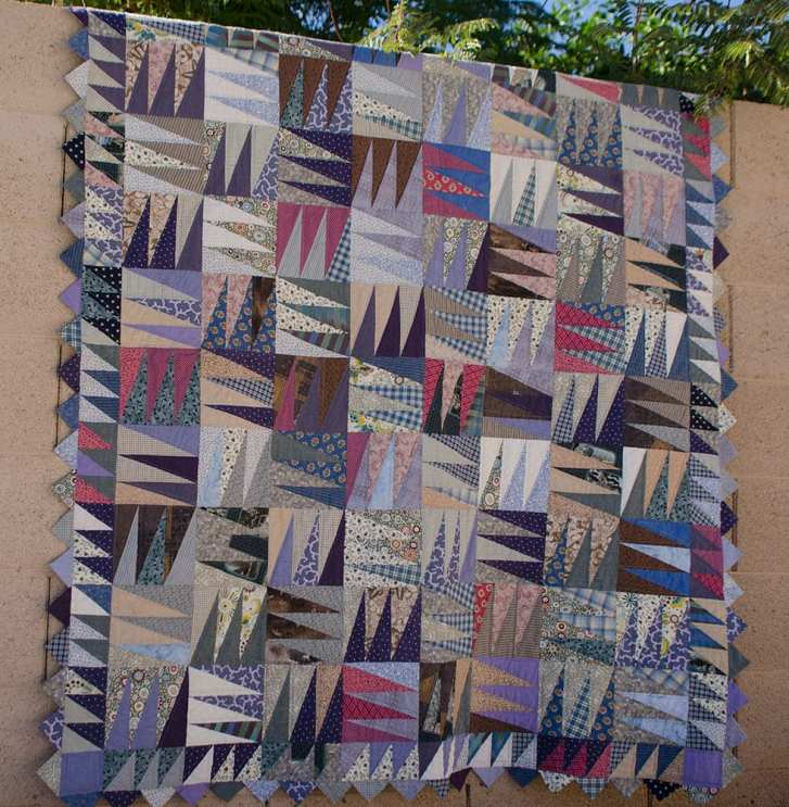 The inspiration for this quilt was the icy winter mornings by the Oslo fjord in Norway where I grew up, but the pattern is from Kaffe Fassett's Glorious Patchwork
