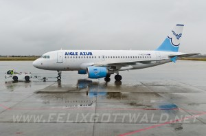 Airport_ALG_2013-11-11_07cr