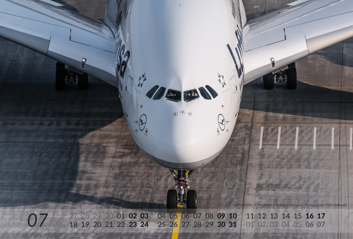 AIRBUS Aviation Calendar 2016 - 07