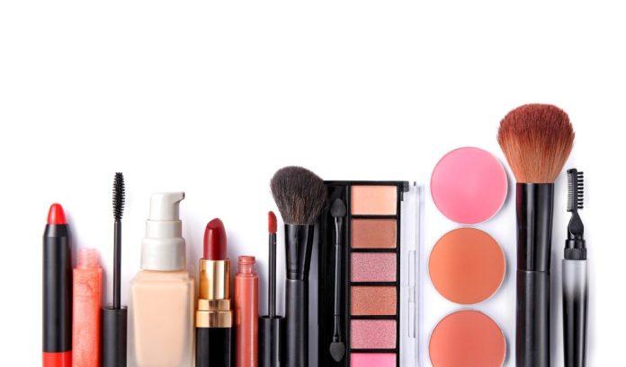 8 dicas para maquiagem na terceira idade