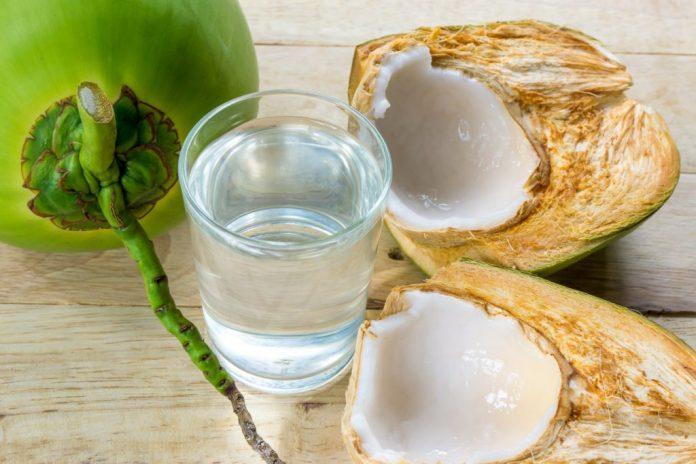 Água de coco – Simplicidade no cuidado com a saúde