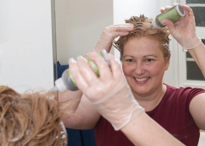5 dicas para fazer antes de pintar os cabelos