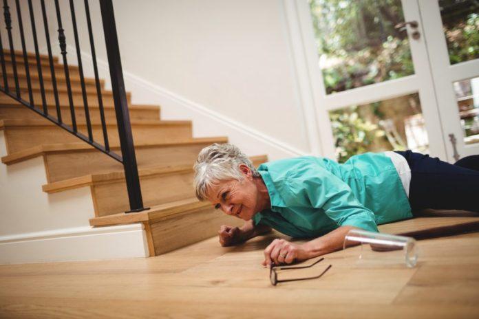 7 acidentes domésticos que envolvem idosos