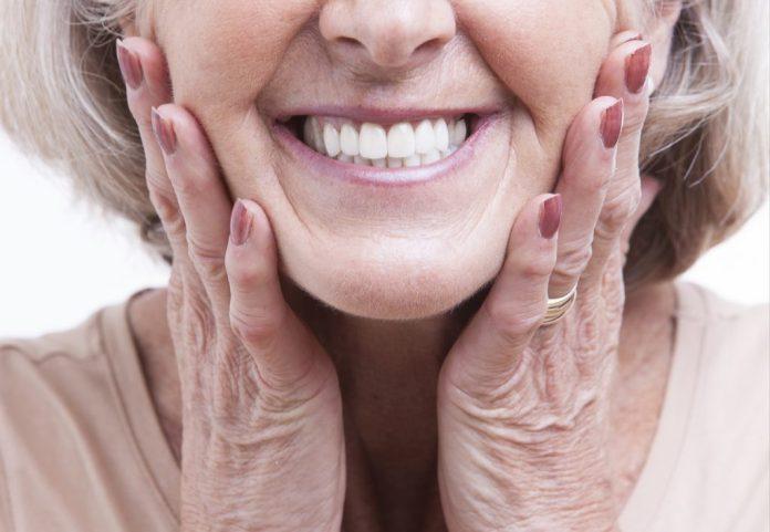 Osteoporose e Queda de Dentes – Por que acontece e como prevenir